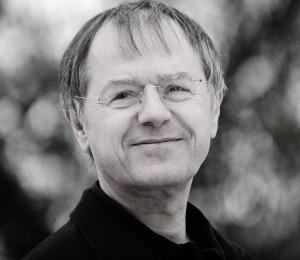 Prof. Dr. Christoph Butterwegge ist Professor für Politikwissenschaft am Institut für vergleichende Bildungsforschung und Sozialwissenschaften an der Humanwissenschaftlichen Fakultät der Universität zu Köln. Autor des Buches Armut in Deutschland - 1/2010 Foto: Wolfgang Schmidt