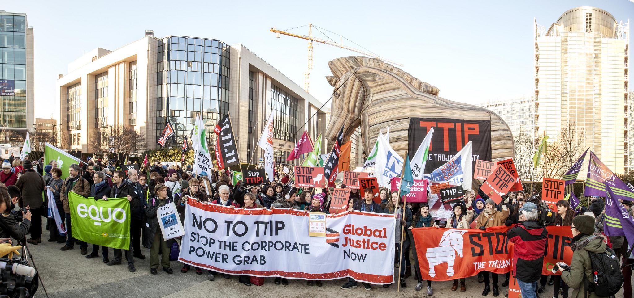 (S)Top TTIP!