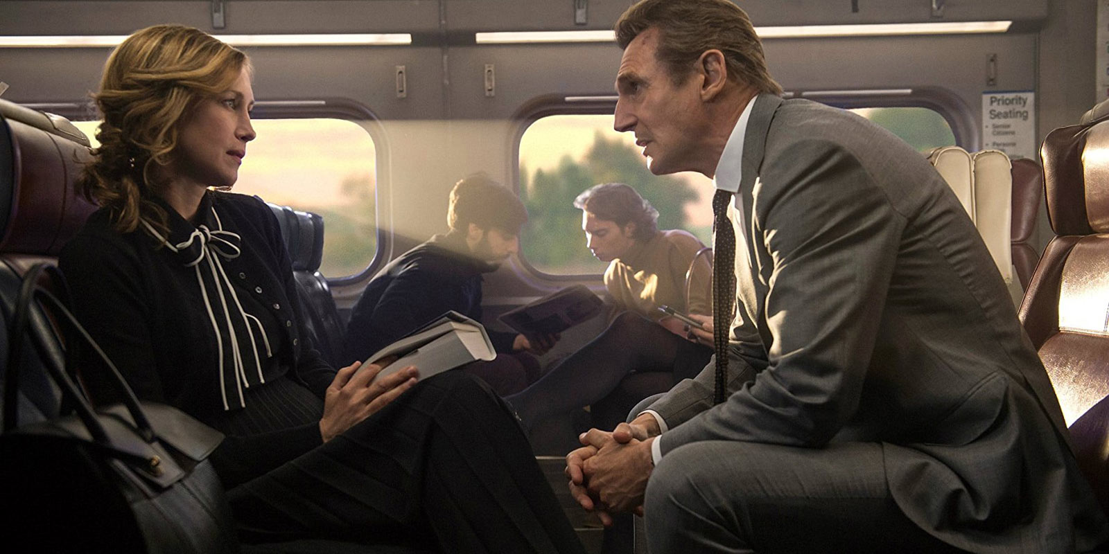 Sneak Review 97 – The Commuter