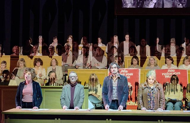 Theater Review #20: 50 Jahre 68 – Die Revue